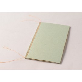 Cuaderno Happily Ever Paper Mrs.Stitches verde 14x21,5 cm
